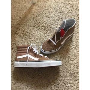 Vans Sk8-Hi Skate Shoes Tiger Eye Tan/ True White